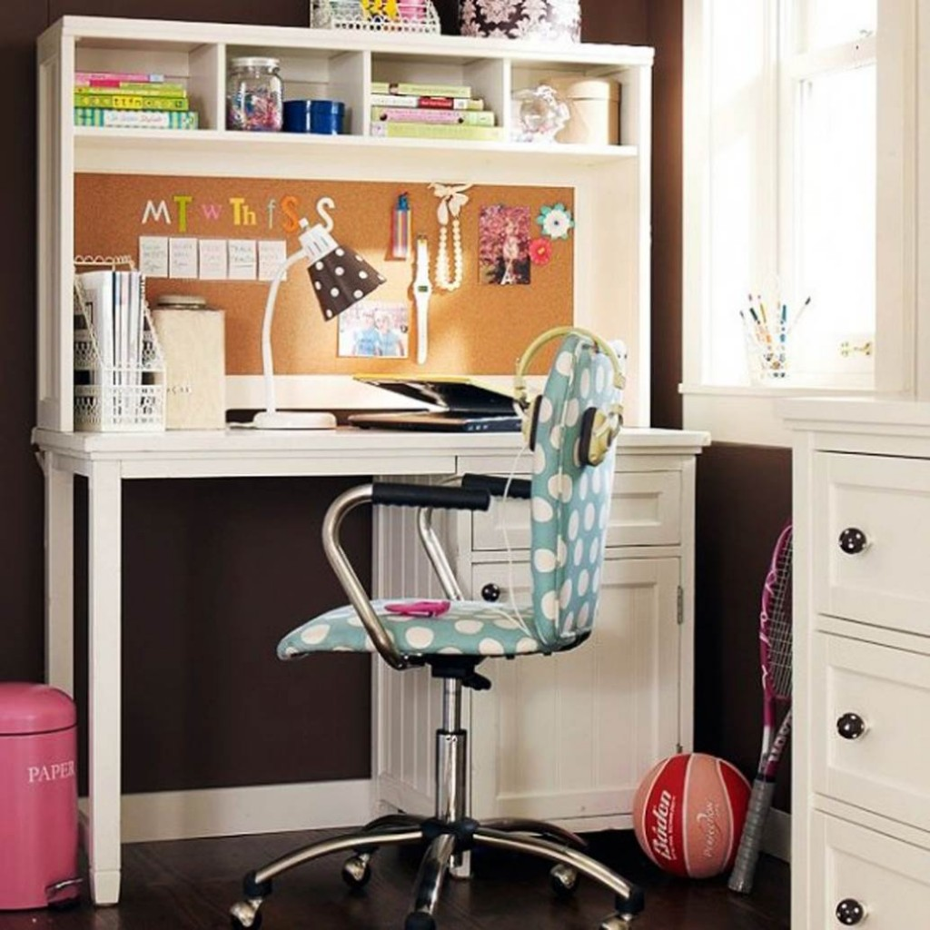 top-five-ideas-to-decorate-your-table-for-teens-all-womens-for-how-to-decorate-your-desk-at-work-renovation-1024x1024