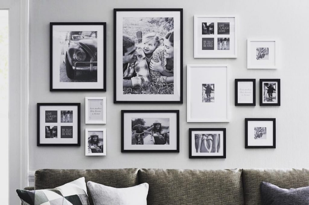 Decorate your wall with photographs
